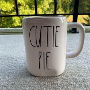 Rae Dunn Cutie Pie Mug